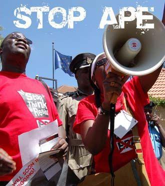 MONDIALISATION/GLOBALIZATION Stop_ape