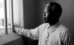 NELSON MANDELA... dans REFLEXIONS PERSONNELLES arton23552-f546c
