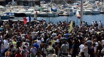 A propos d'une manifestation à Marseille — Charles HOAREAU